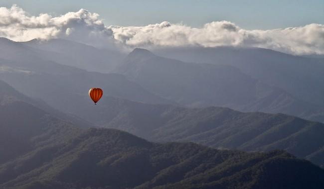 Hot Air Balloon over Brisbanes Scenic Rim one of Australias best 1000 views