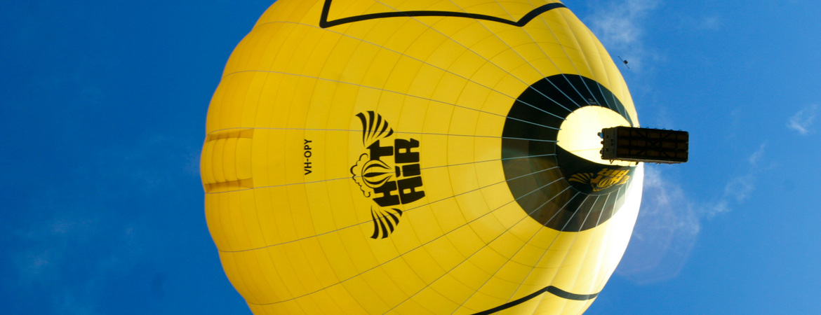 Experience Cairns Australia with Hot Air Balloon